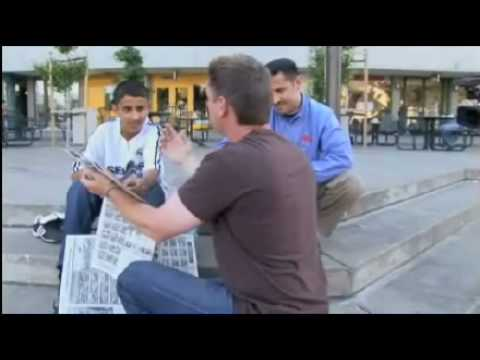 #1 Mind Reading by Magician Rich Ferguson with Newspaper on Street - Tagged