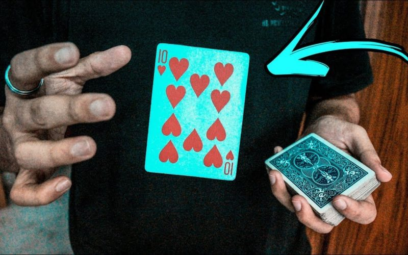 You MUST LEARN The Signature David Blaine Card Trick
