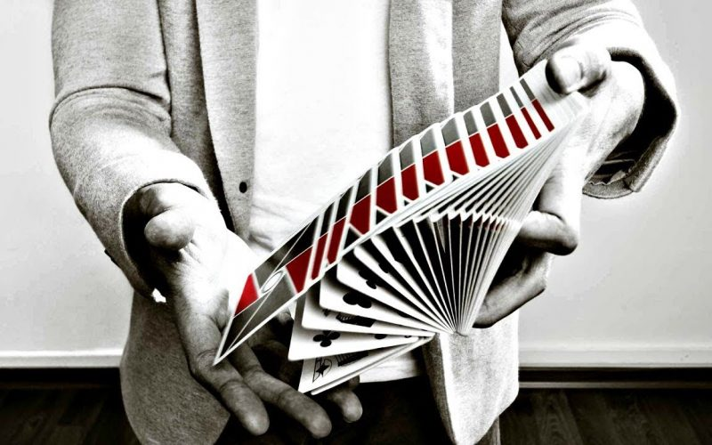 You MUST LEARN The EASIEST Card Trick EVER!